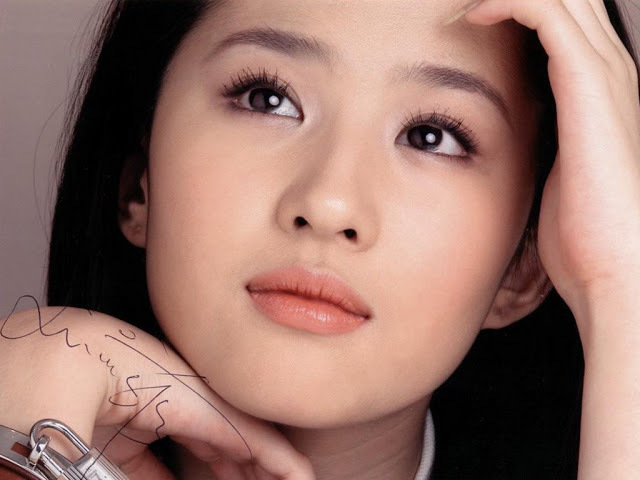 Top 10 Hottest & Sexiest Chinese Actresses in 2017 - All Best Top 10
